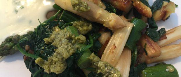 Asparges med spinat